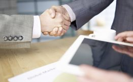 iWorker云ERP签约韩江通信,合力构建通讯零售生态圈