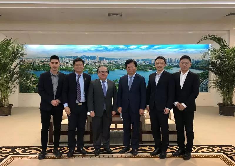 杭州小亚科技(小亚通)与国际大学创新联盟(IUIA)达成战略合作协议,共同推进新商贸领域!