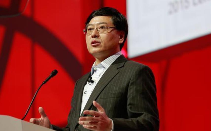 全国人大代表杨元庆:建议加强算力基础设施建设